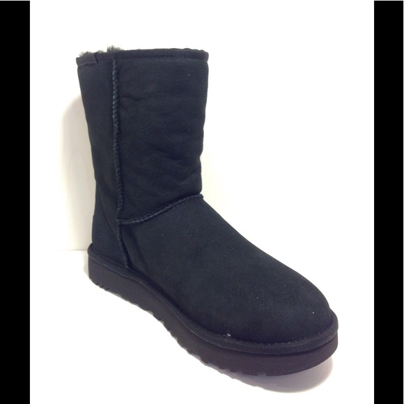 07becffe1d6 UGG Classic Short Boot II 1016223, Size 9 Black, 2 NWT