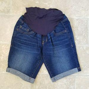Old Navy Maternity Bermuda Shorts