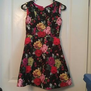 Ted Baker Sleeveless Black w/Floral Dress Size 13