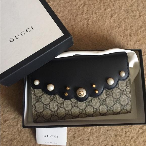 6cf460cfa11222 Gucci Handbags - Gucci GG supreme pearl Studded Guccissima Clutch