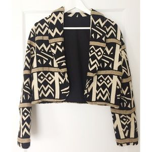 Jackets & Blazers - Cropped open jacket with graphic pattern