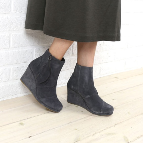 a9e6bc025dc TOMS Desert Wedge High Booties. M 593ed8e378b31c4c9f000835