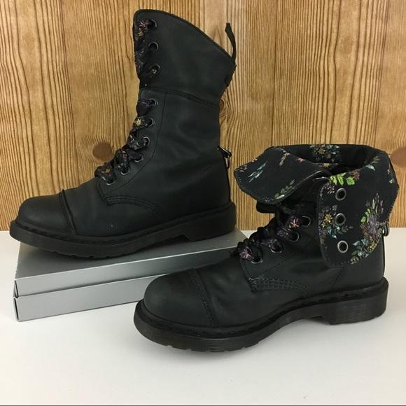 bacd93c1a14 Size 9 Dr. Martens Aimilita Floral Boots