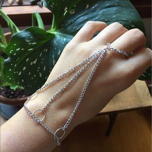 Jewelry - Silver hand piece
