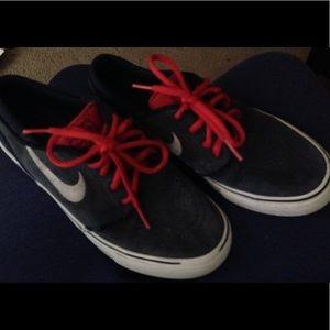 Nike , Stefan janoski shoes! Size 5.5 youth