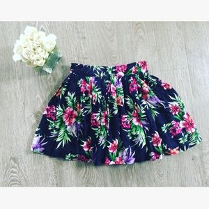 Floral tropical mini skirt