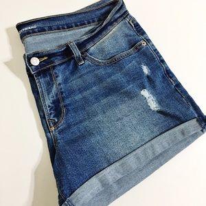 Old Navy Boyfriend Cuffed Shorts 12