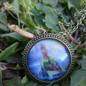 Jewelry - Mermaid Necklace 🐚
