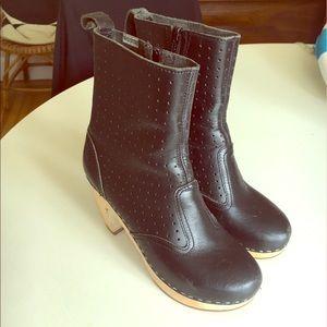 Swedish Hasbeens Black Clog Boot Heels