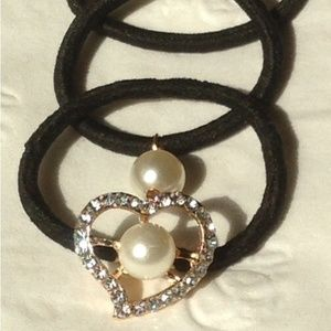 Accessories - ❤ Sparkly Heart w/ Pearl, Pearl, & Plain Hairbands