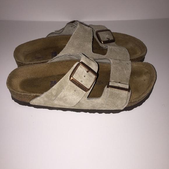 birkenstock birkenstock arizona taupe suede sandals sz. Black Bedroom Furniture Sets. Home Design Ideas