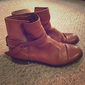 Madewell Shoes - Madewell The Biker Boot in pecan