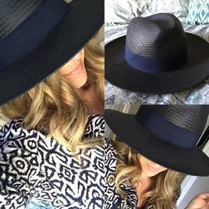 NWT urban outfitters navy straw beach hat summer