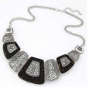 Jewelry - New! Vintage Silver & Tortoise Statement Necklace