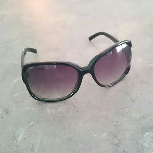Accessories - Oversized Black Frame Ombre Lens Sunglasses