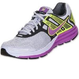 Nike Shoes - 🛑LOWEST PRICE🛑Nike structure 16 women's purple