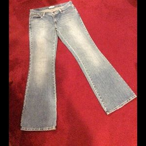 AMERICAN EAGLE OUTFITTERS FLARED JEANS SZ 6 reg