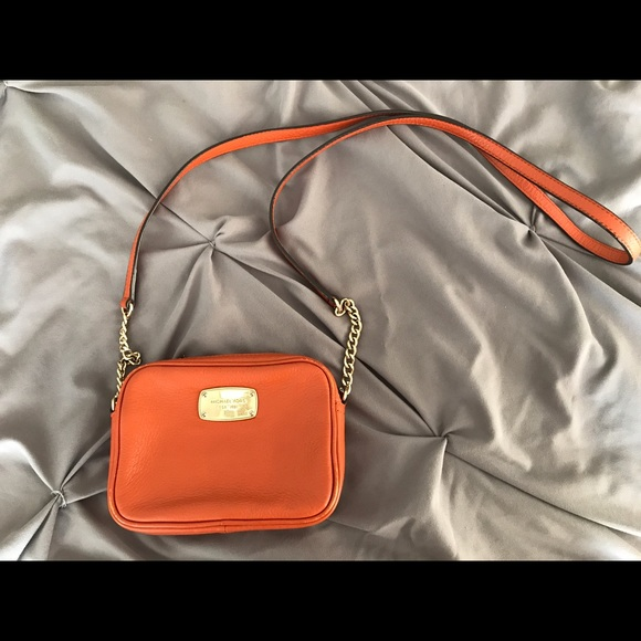 Michael Kors orange small jet set crossbody