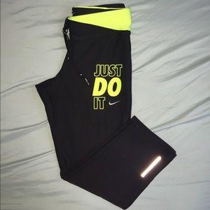 "Nike ""just do it"" cropped leggings"