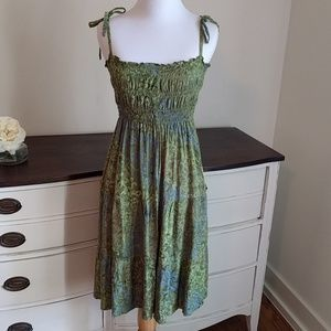 Dresses & Skirts - Reduced ship now Sundress or bathing suit cover up