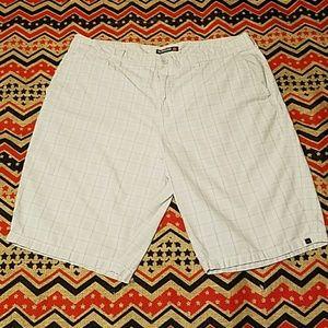 Quiksilver Other - Quiksilver men's size 36 shorts