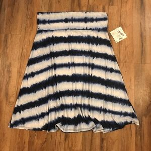 LuLaRoe Dresses & Skirts - 2XL Lularoe Azure Skirt