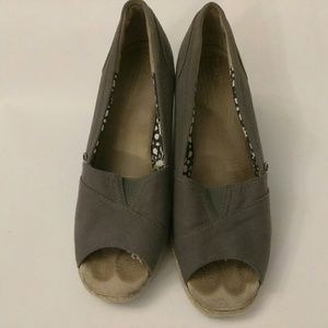 TOMS Shoes - Toms Grey Wedge Size 8 womens