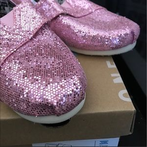 Other - Girls pink sparkle toms