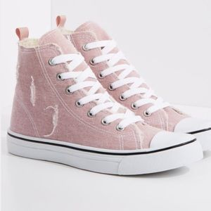Shoes - 🆕Distressed pink high top sneakers🛍