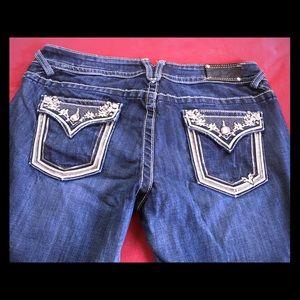 Vigoss boot cut jeans !