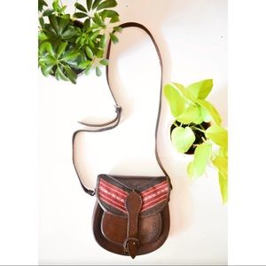 VINTAGE 1970's Leather Saddle Bag Purse