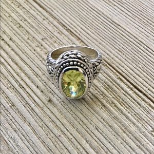 Jewelry - Silver Scrolled Gemstone Ring