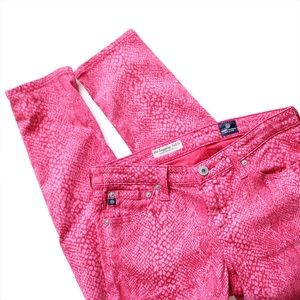 AG Adriano Goldschmied Denim - AG Ankle Legging in Raspberry Snakeprint