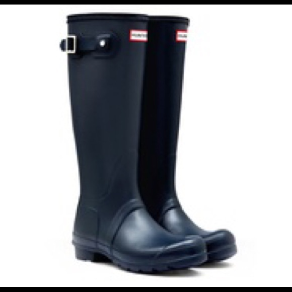 53% off Hunter Boots Shoes - SALE Navy Hunter Rain Boots from ...