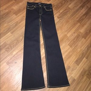 ✅Cache jeans