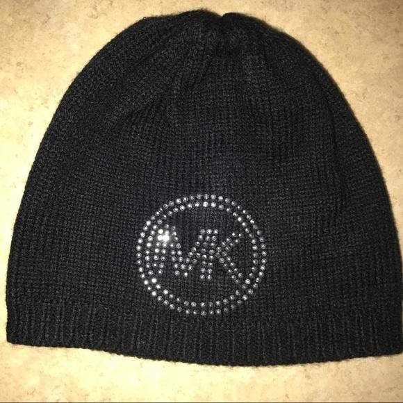 Michael Kors Beanie hat. M 593f985e78b31c0bc300ffd0 e727e82f7f8