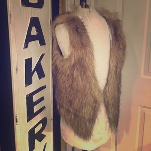 Adrienne Jackets & Blazers - Tan Fur Vest