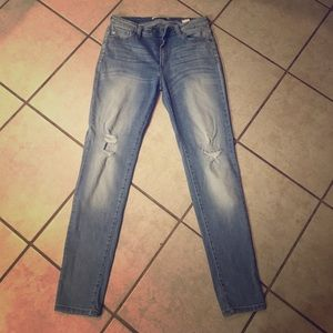Denim - Skinny Light Wash Distressed Stretch Jeans