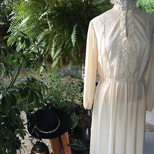 Vintage Dresses & Skirts - Fabulous vintage Jane Baar ivory midi dress