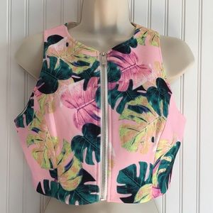 Whitney Eve Tops - New Whitney Eve Crop Top in Bungalow Print size 6