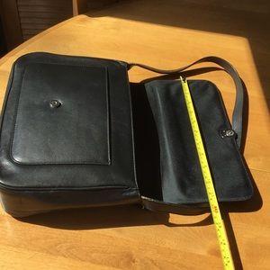 Lauren shoulder bag. Black