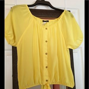 Tops - Cute yellow blouse new! Size L !!!