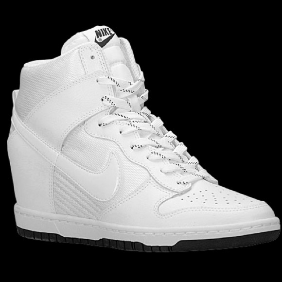timeless design 73edc 5f336 ... nike dunk sky high heels size 4 ...