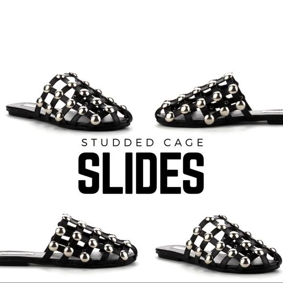 41cd002cb879 Studded Cage Slides