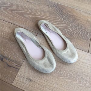 ruby & bloom Other - Girls Ruby & Bloom gold ballet flats