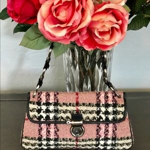 Burberry Handbags - 🌷Burberry Wool & Leather Shoulder Bag🌷
