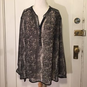 Sejour Tops - Sejour Black and gray patterned blouse