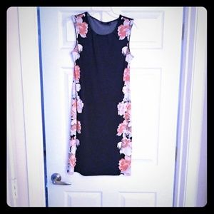 Dress sleeveless