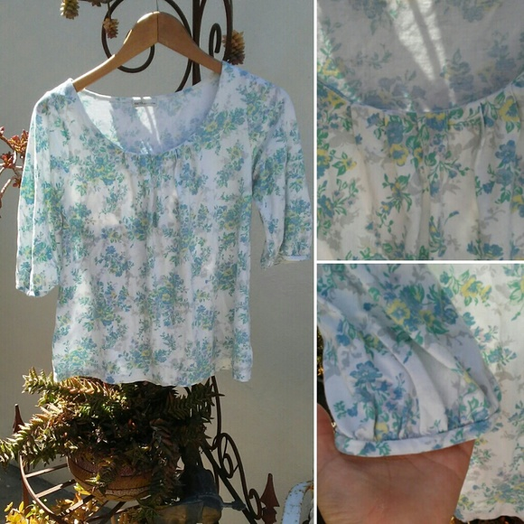 Urban outfitters urban outfitters earth pastel floral for Adidas floral shirt urban outfitters