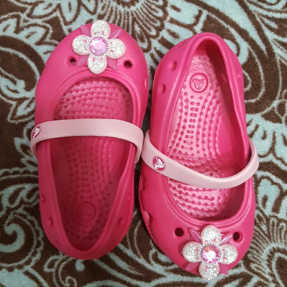 Crocs Baby Toddler Girls Sz 5 Pink Crocs From